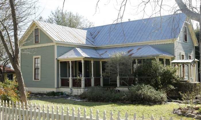 700X420 Audreys Cottage