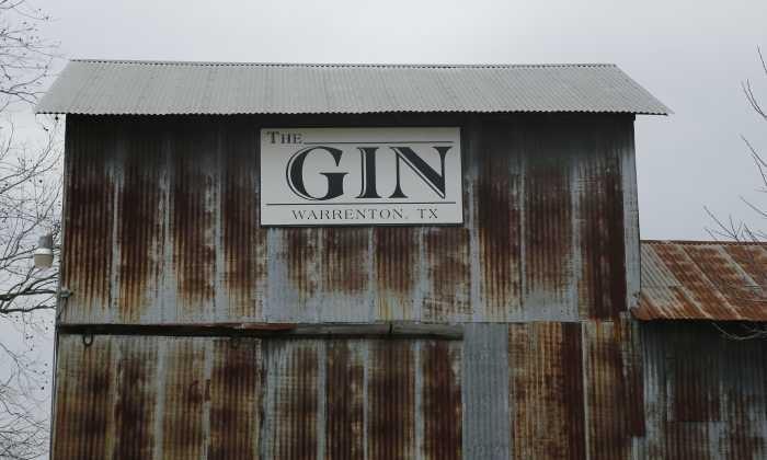 700X420 Gin