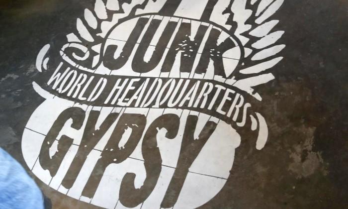 700X250 Junk Gypsy Hq