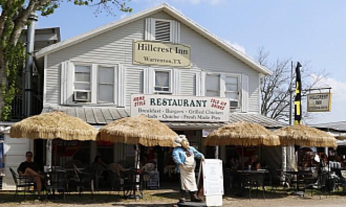 Show Hillcrest Inn