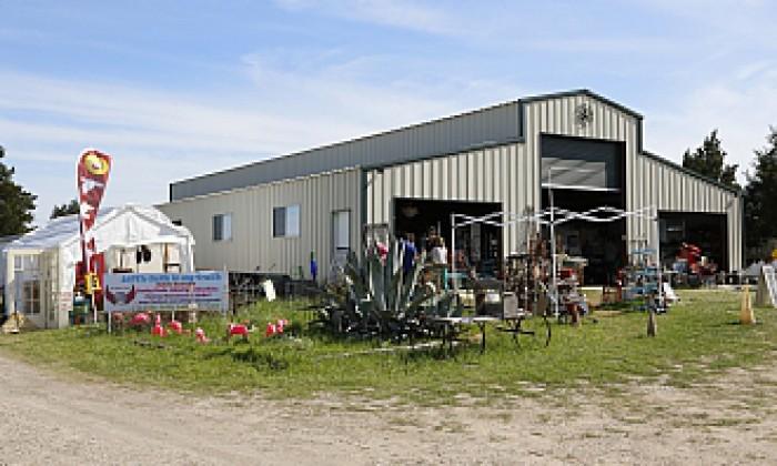 Show Warrenton Roundup Antique Barn