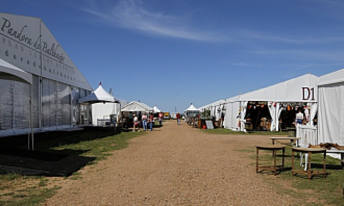 Round Top Antique Shows on