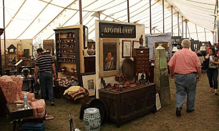 Round Top Antique Fair 2020.Round Top Antique Shows