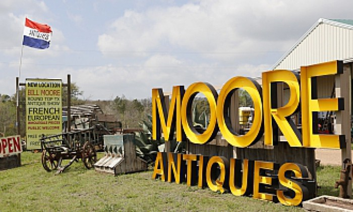 Shows Bill Moore Antiques